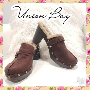 8.5 Clogs mules slip on heel brown warm winter
